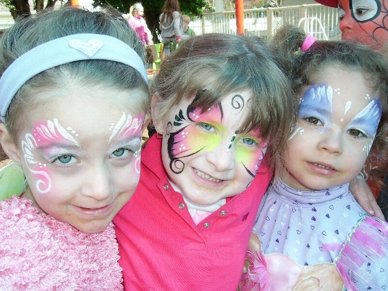 face-painting-girls-party-birthday-party-ideas